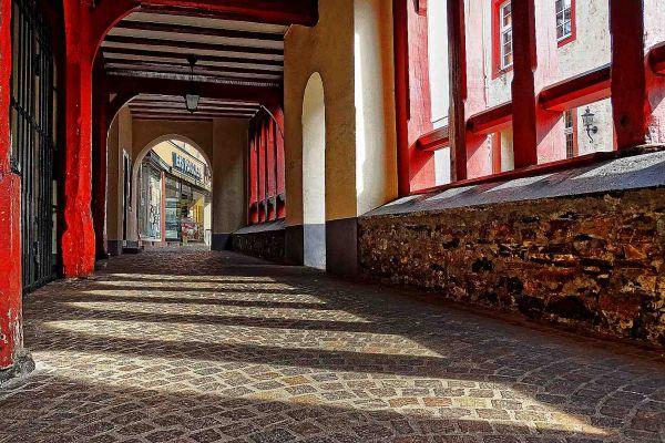 lahnstein-altes-rathaus-passageB44E5E8C-4885-CA3C-CAB5-53391D107777.jpg